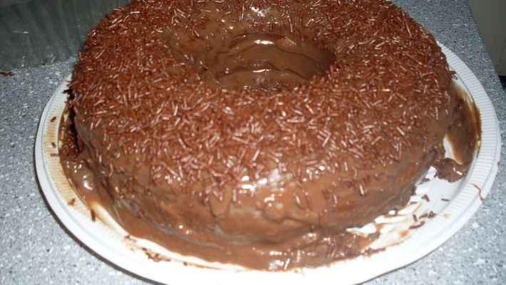 Bolo de chocolate (super fácil e rápido)
