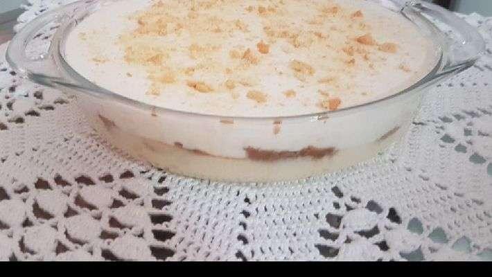 Receita de Sorvete cassata de biscoito champagne Rapidinho