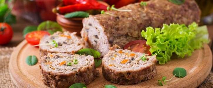 Receita de rocambole de carne moída recheado e Fácil de Fazer em Casa