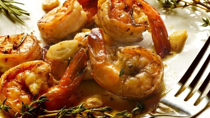 Receita de Camarão frito no azeite e alho