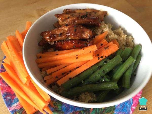 Receita de Salada de quinoa com frango