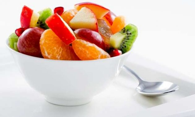 Salada de Frutas Light com Ricota e Iogurte
