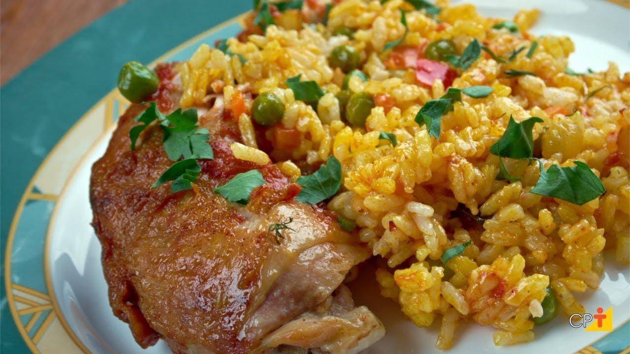 Galinhada   15 Melhores Receitas de Galinhada Tradicional fáceis de Preparar com um Sabor Brasileiro e Saboroso demais para um Almoço Fácil
