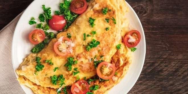 Receita de Omelete de Carne Moída Low Carb para Almoço