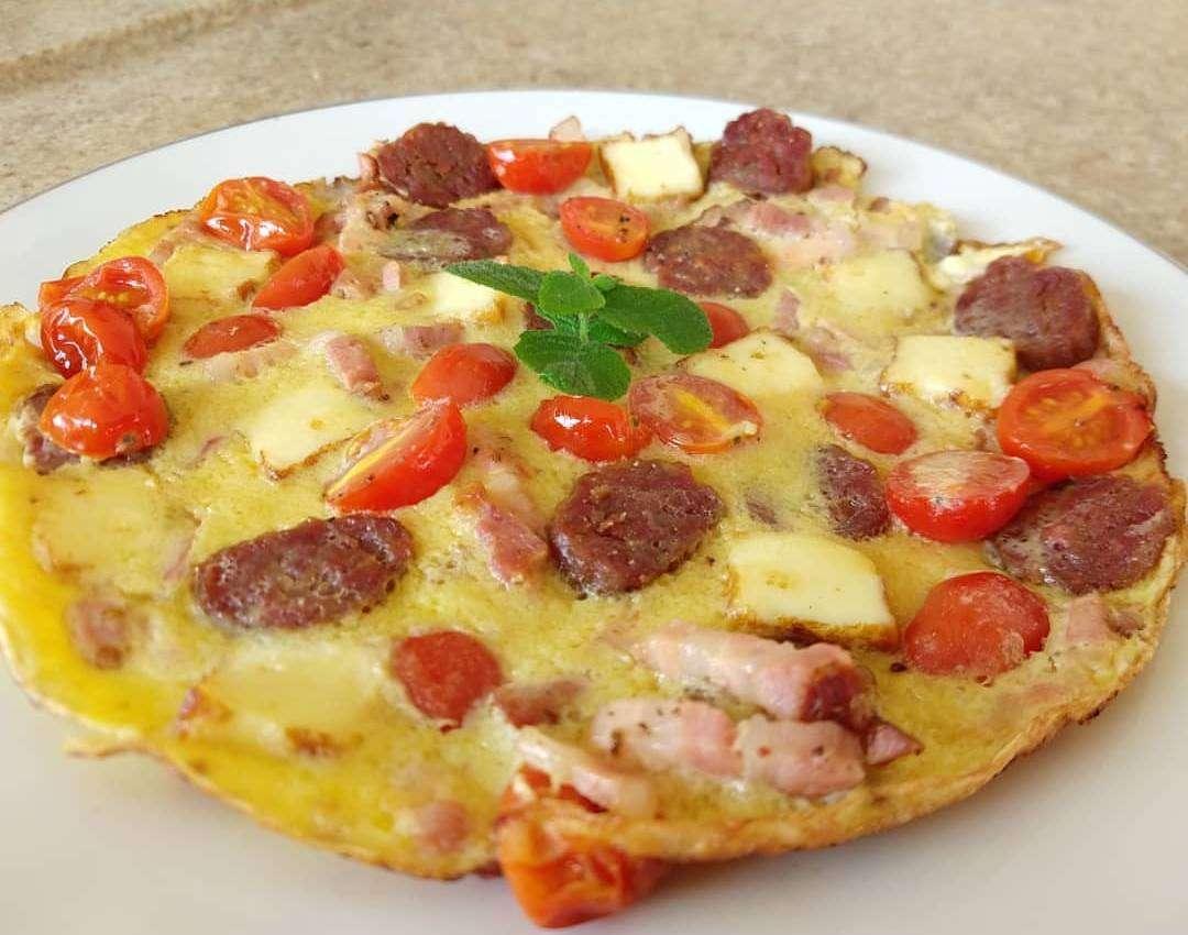 Receita de omelete low carb com bacon