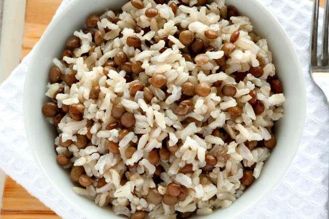 Receita de Arroz integral com lentilha
