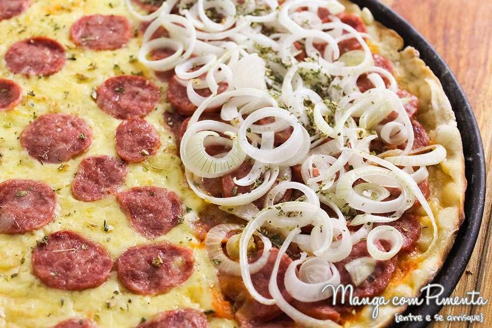 Receita de Pizza de Calabresa Acebolada