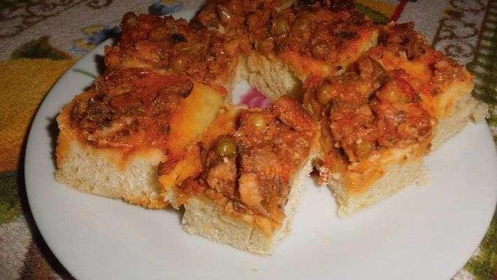 Receita de Pizza de massa de pão de sardinha