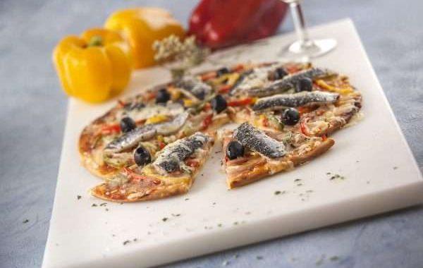 Receita de Pizza de sardinha e pimentos