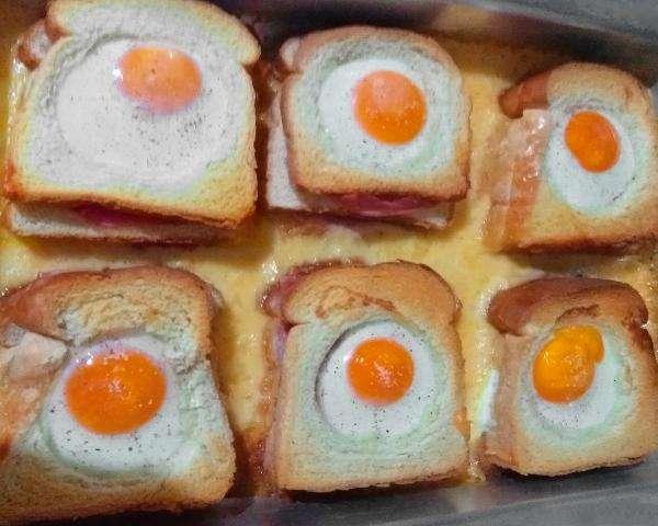 Receita de Sanduíche de forno com presunto, queijo e ovo