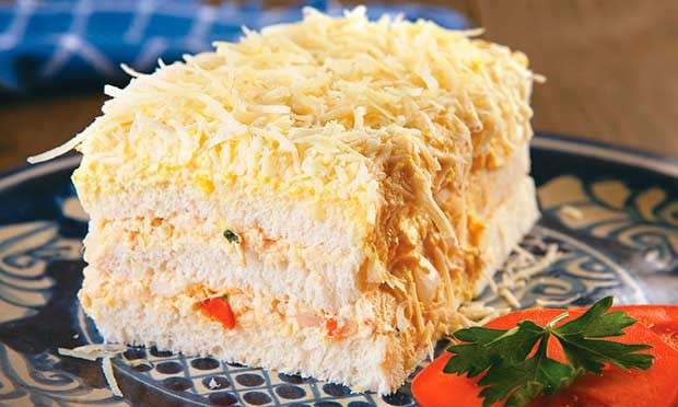 Receita de Torta gelada de pão de forma