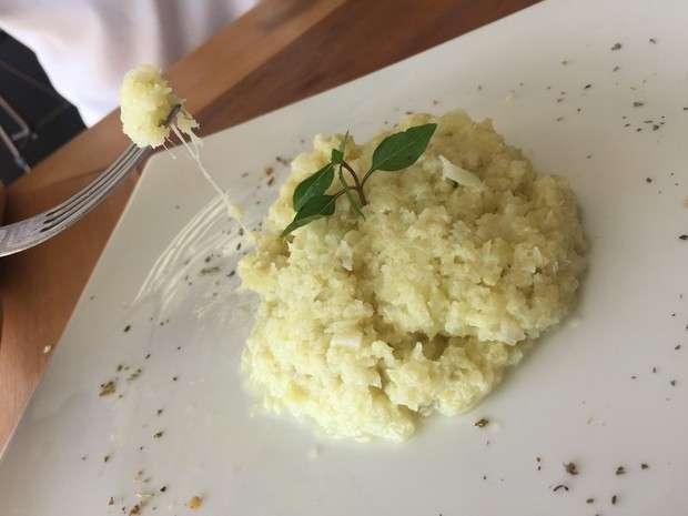 Receita de arroz de couve-flor cremoso