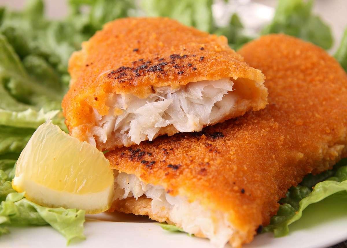 Receita de filé de peixe Merluza empanado