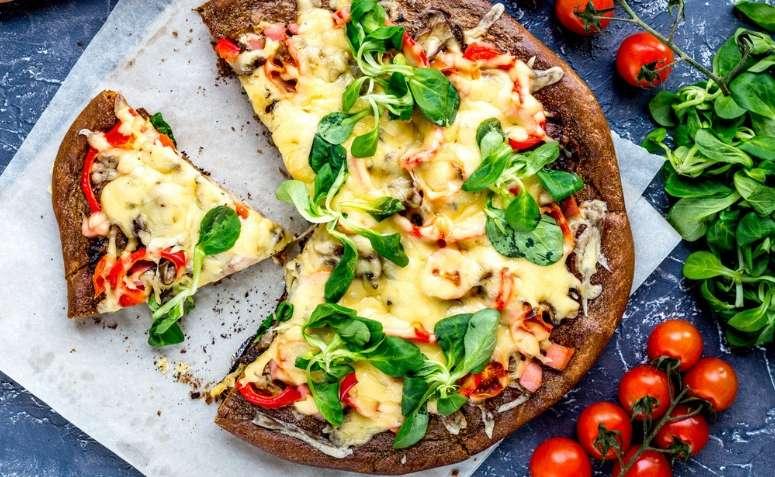 Receita de pizza tradicional Low Carb