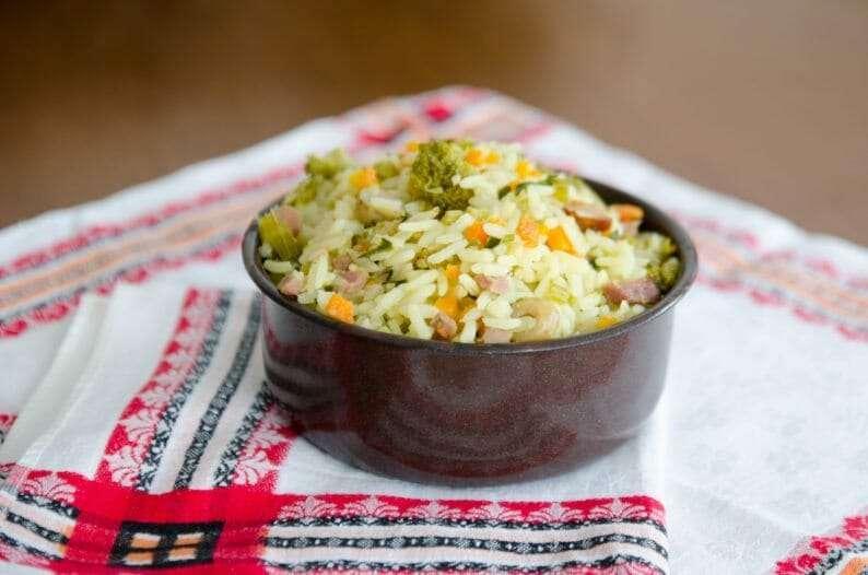 Receita de Arroz temperado com legumes e bacon