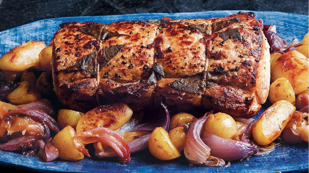 Receita de Costelinha de porco assada no forno com batatas