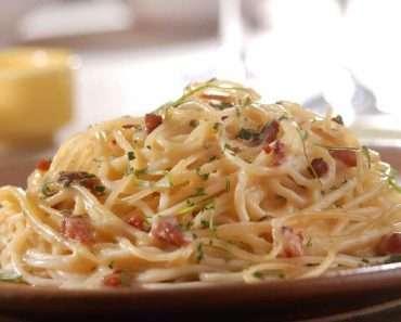 Receita de Espaguete à carbonara simples