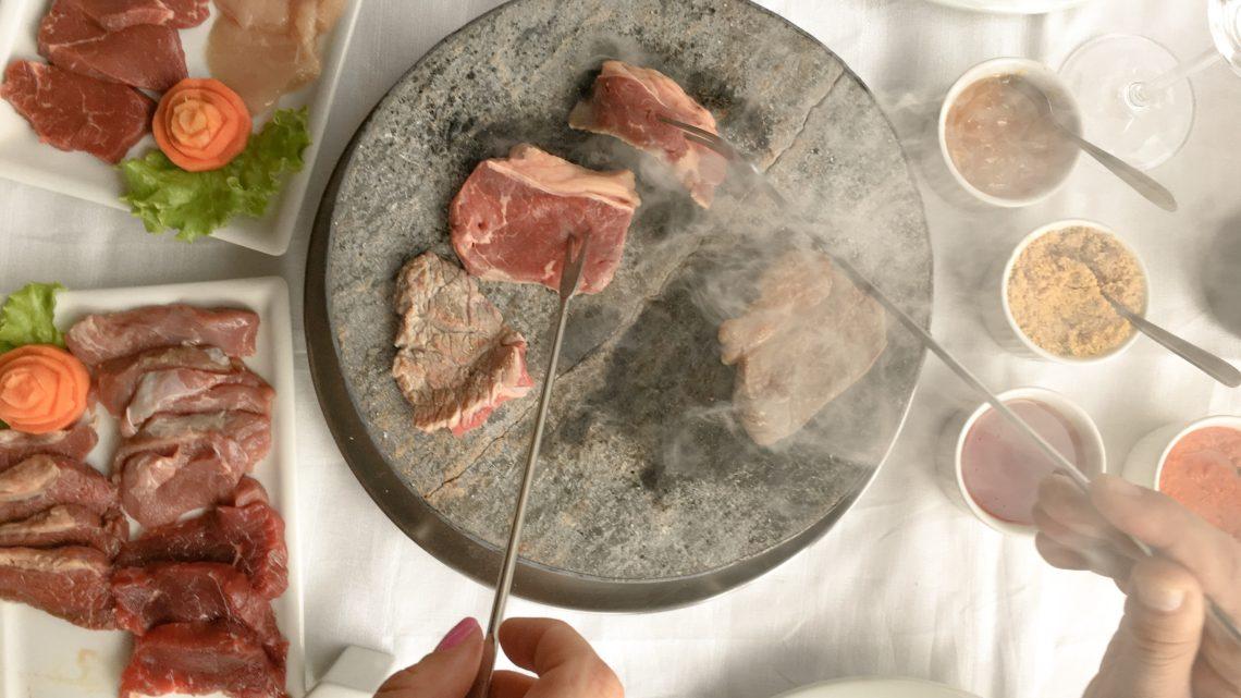 20 Receitas de Fondue de Carne para mudar a Rotina da Refeição com Ideias de Carne Fáceis de Preparar