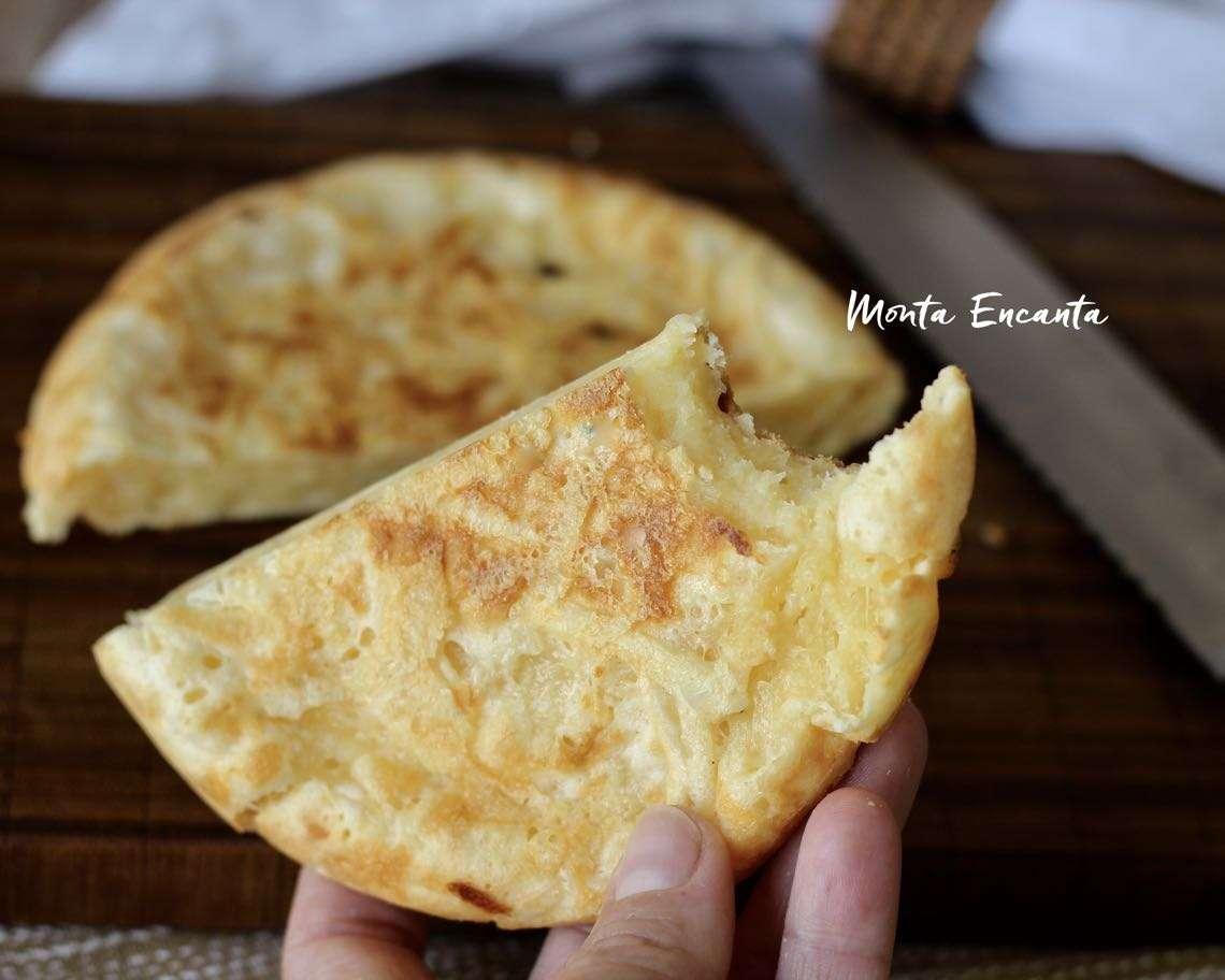 Receita de Pão de Queijo na Frigideira é superprático e delicioso