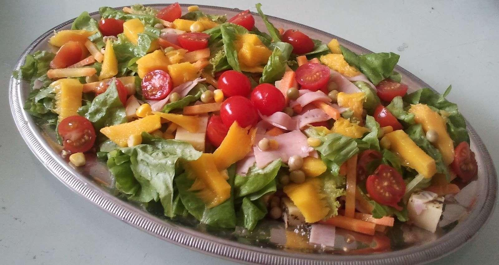 Receita de Salada Tropical Simples