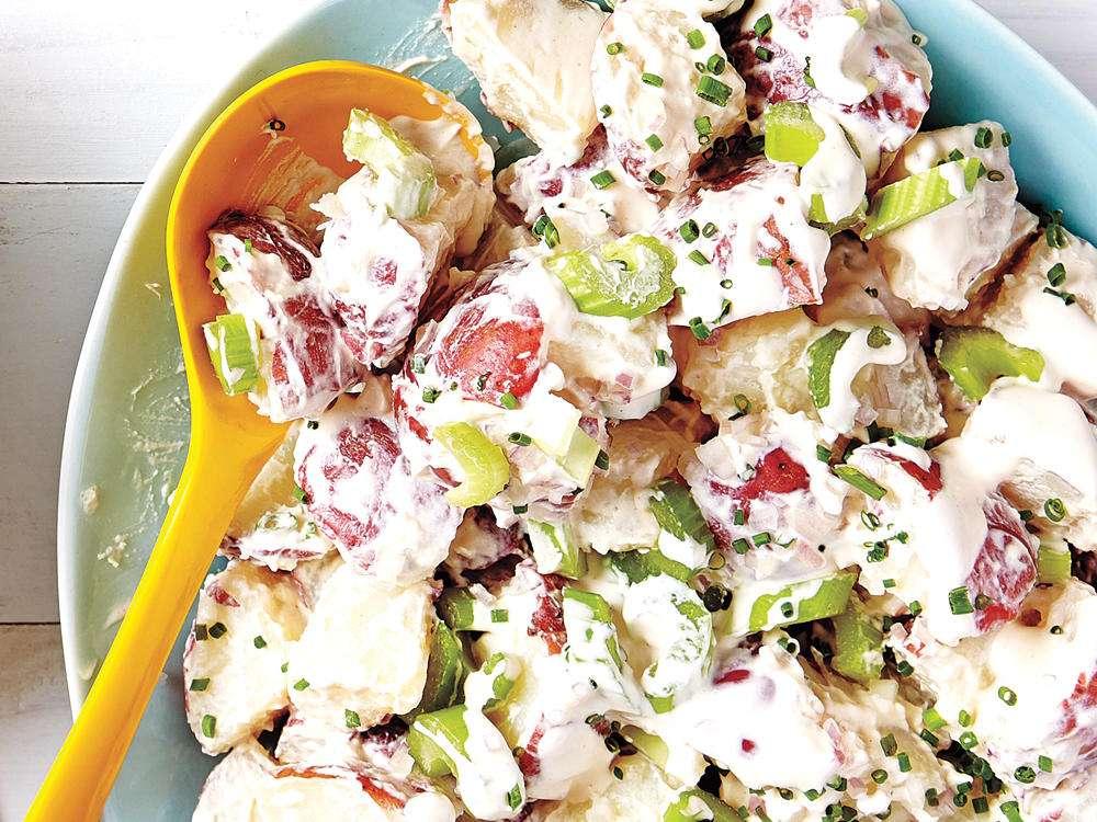 Receita de Salada de Batata e Maionese Colorida