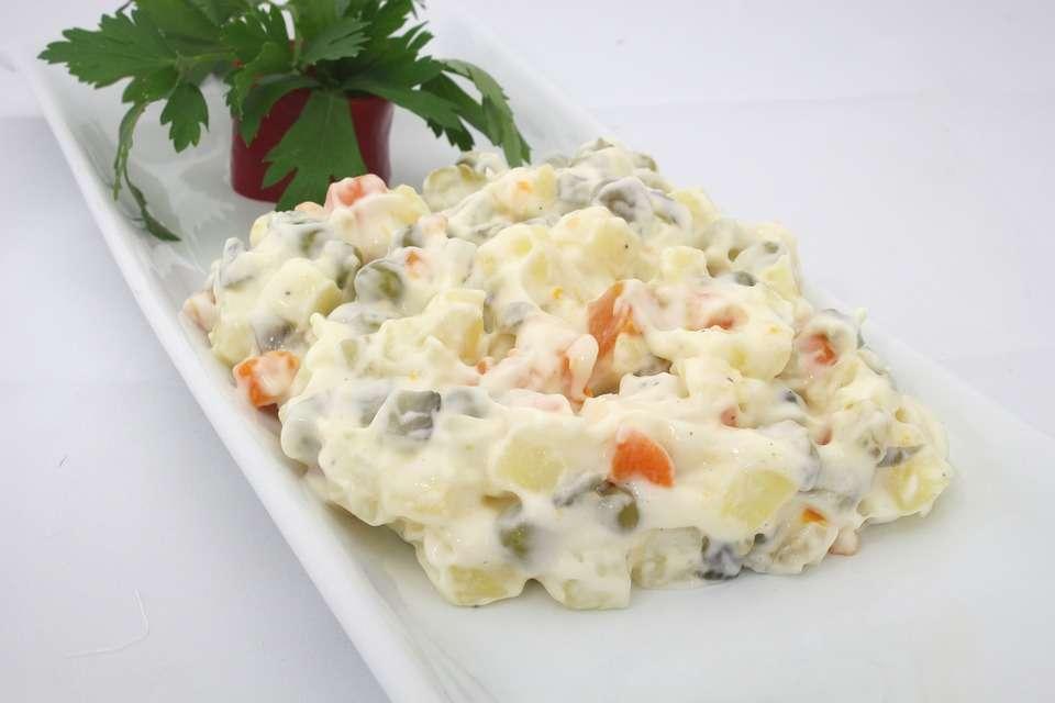Receita de Salada de Maionese de Solteiro