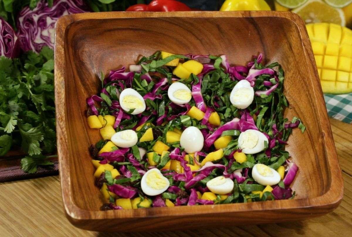Receita de Salada de Repolho com Frango
