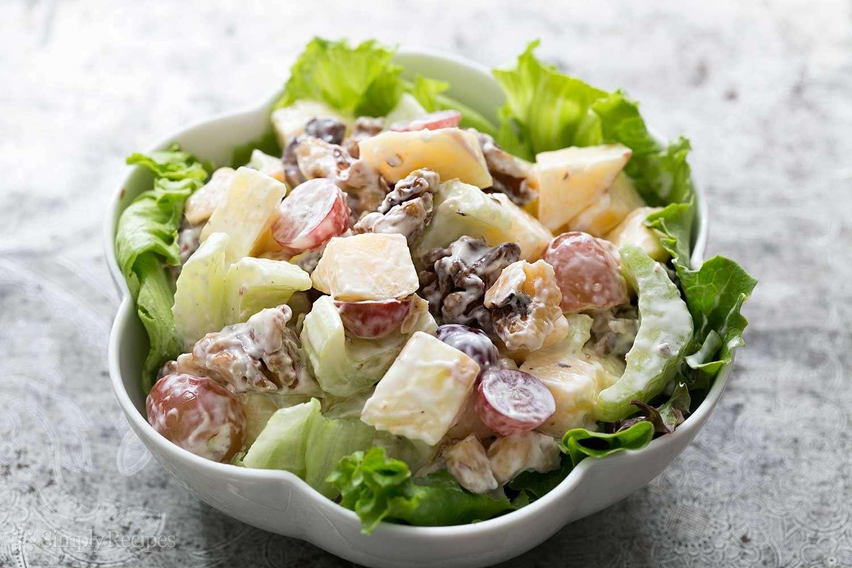 Receita de Salada de maionese com alho