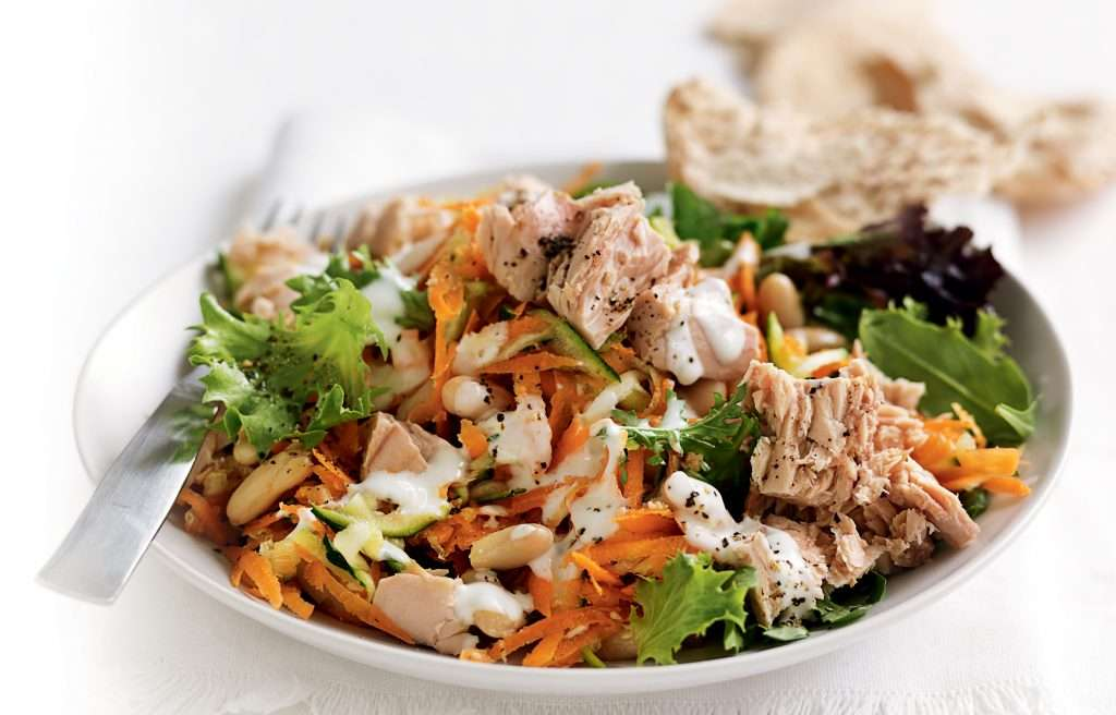 Receita de Salada de maionese com salsinha e cenoura