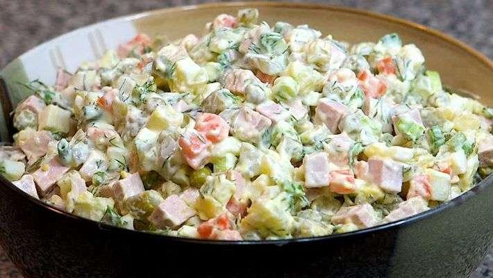 Receita de Salada de maionese tradicional