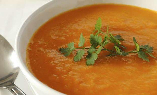 Receita de Sopa creme de abóbora e gengibre