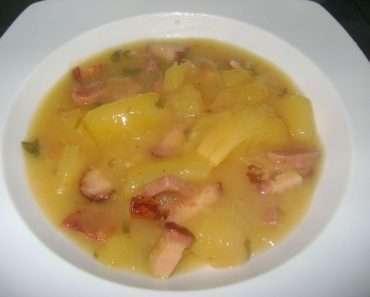 Receita de Sopa de Mandioca com Linguiça Calabresa Defumada