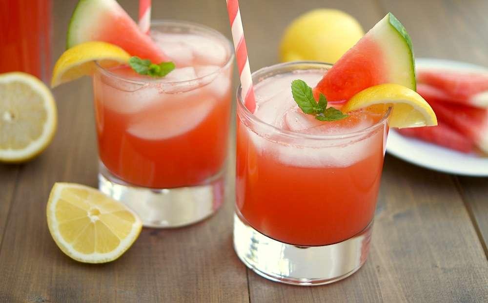 Receita de Suco detox de melancia com limão