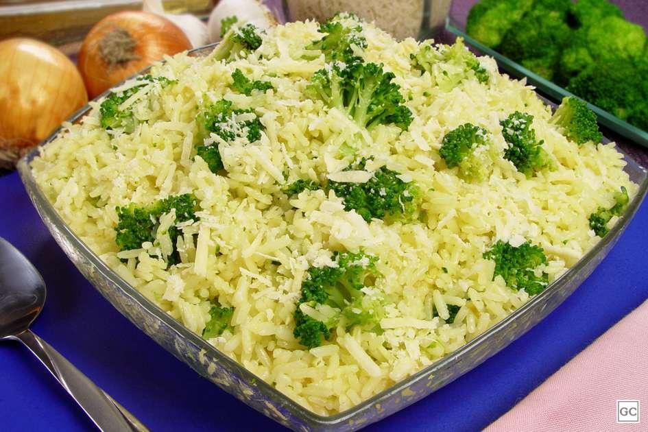 Receita de Arroz com brócolis Delicioso