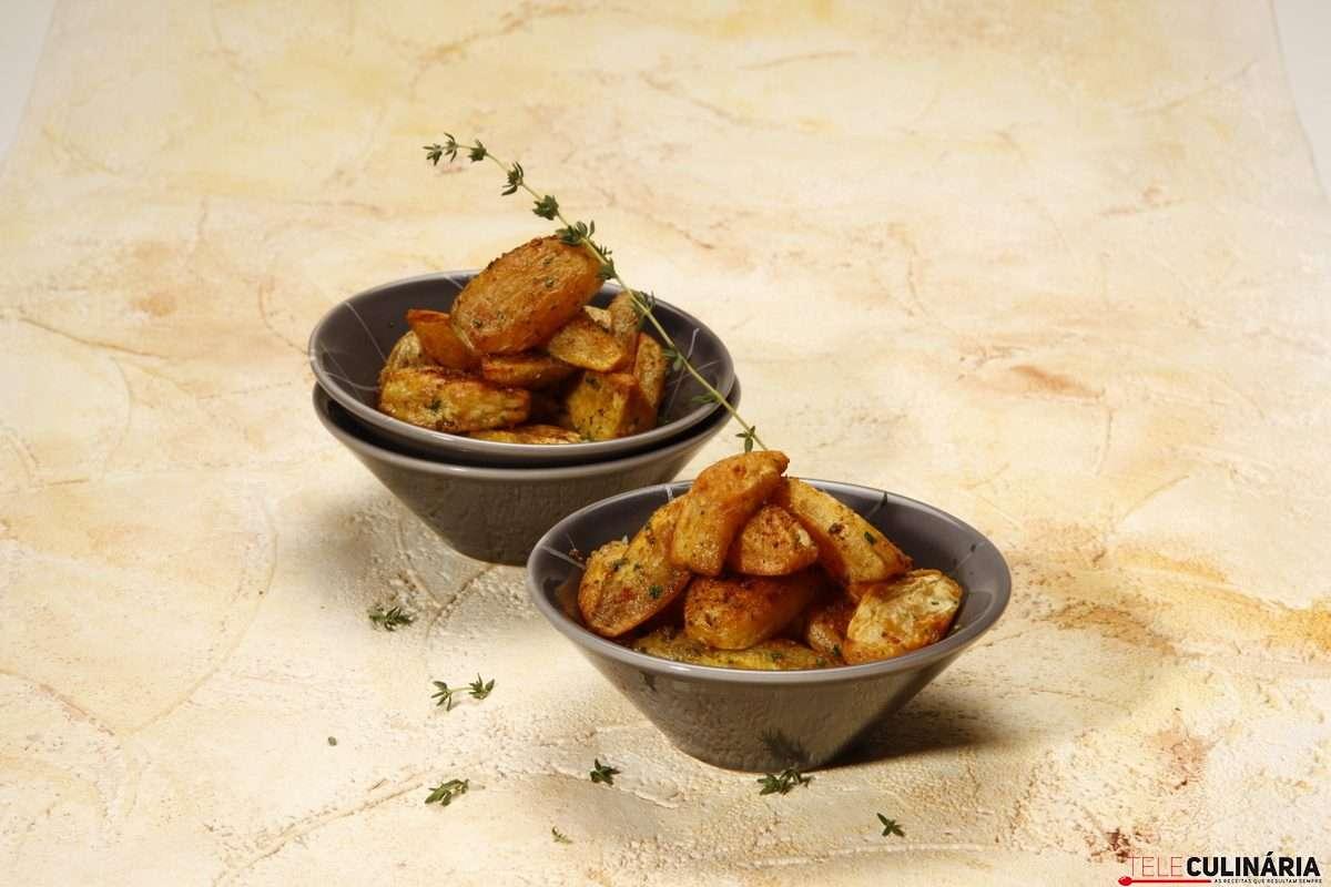 Receita de Batata-doce assada com paprica
