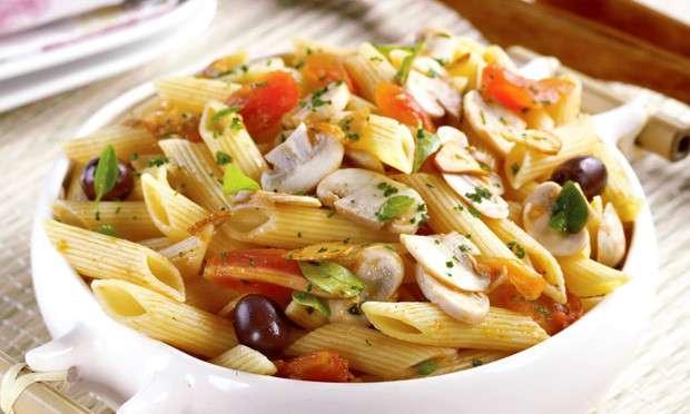 Receita de Massa com cogumelo e tomate Simples e saudável