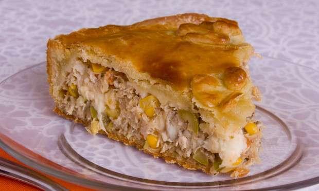 Receita de Torta de frango com requeijão e milho-verde