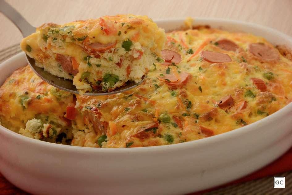 Receita de Omelete assada com salsicha e legumes
