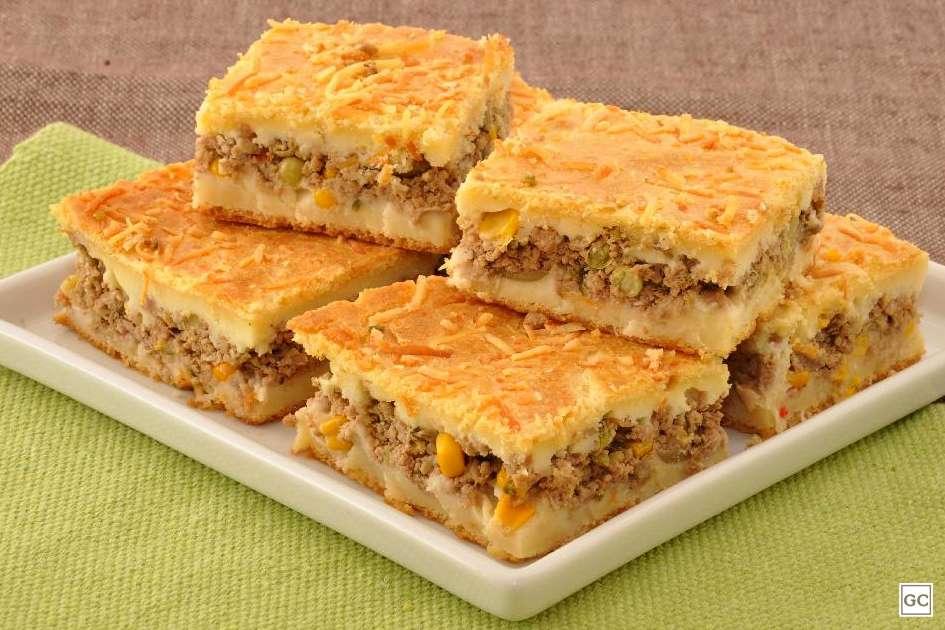 Receita de Torta de mandioca com carne moída
