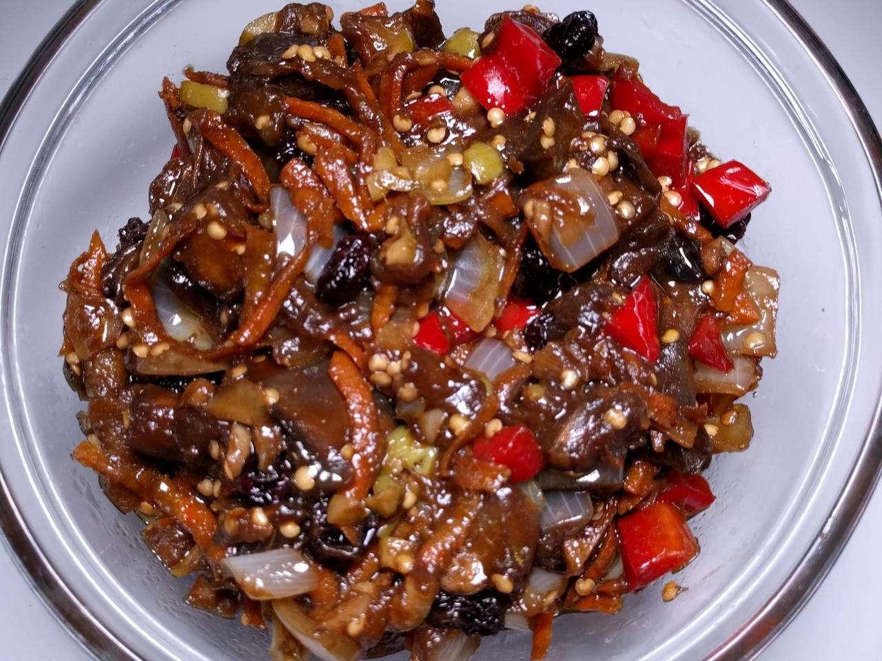 Receita de Antepasto de berinjela com pimentões em vinha d'alhos
