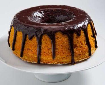 Receita de Bolo de Cenoura com Cobertura de Chocolate Crocante