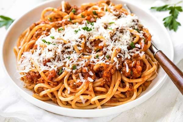 Receita de Esparguete à bolonhesa com Queijo
