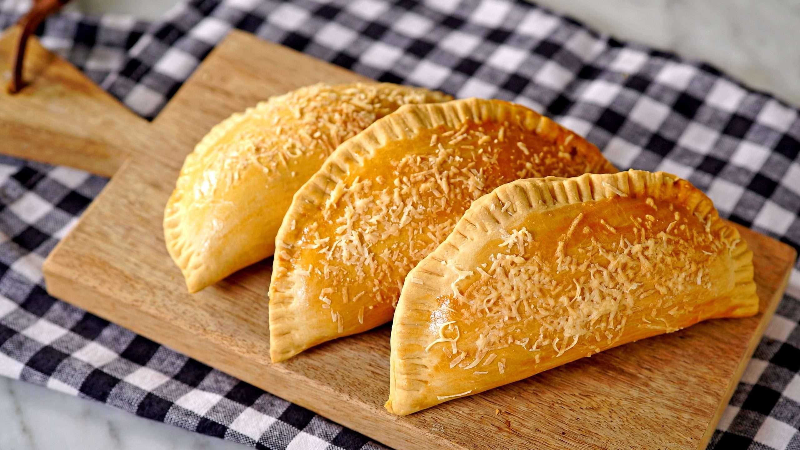 Receita de Pastel de forno com recheio de frango Delicioso