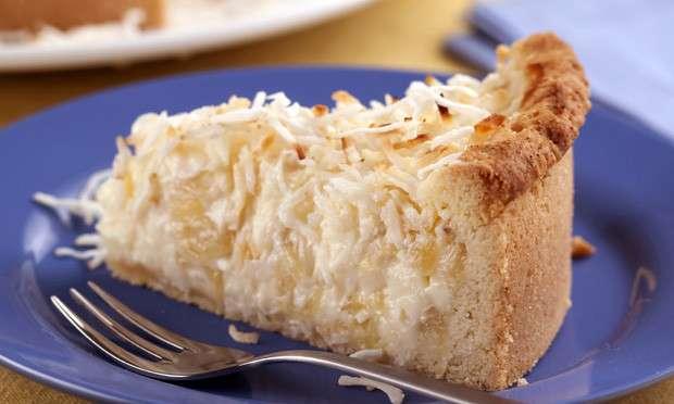 Receita de Torta cremosa de abacaxi e coco