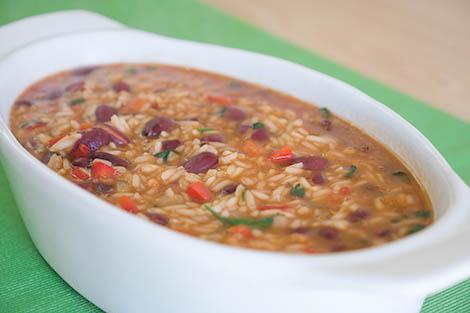 Receita de Arroz de Feijão para almoço rápido e simples