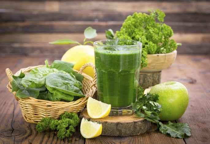 Receita de Suco de Limão com maçã e brócolis