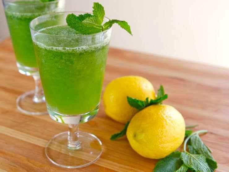 Receita de Suco de limão com hortelã e gengibre