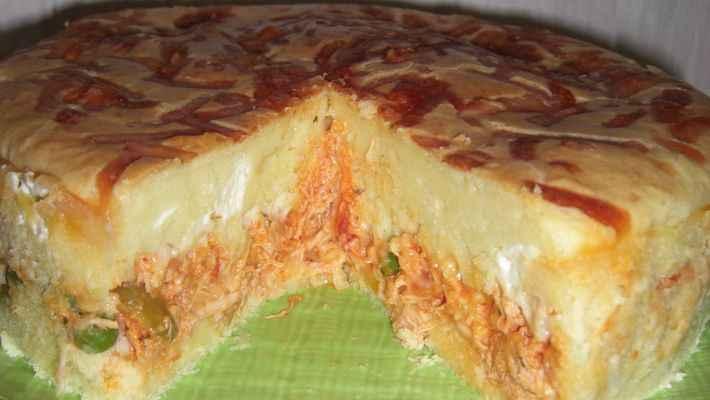 Receita de Torta de frango com catupiry Tudo Gostoso