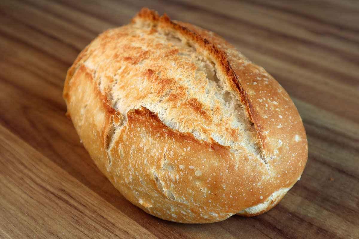 Receita de pão caseiro simples e rápido e fácil