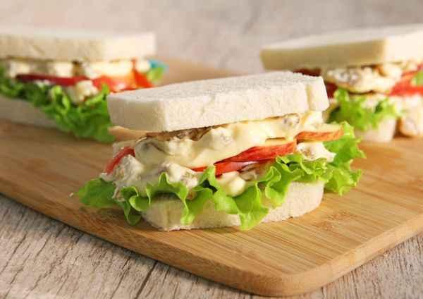 Receita de sanduíche natural de frango e Pão de Forma